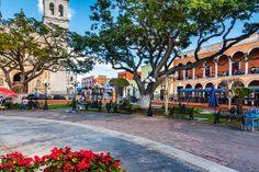 #Campeche, una ciudad para disfrutarla los 365 días del año. Recorridos urbanos realmente increíbles, que se complementan armónicamente con la naturaleza tropical del sur de #Mexico. http://www.bestday.com.mx/Campeche/ReservaHoteles/