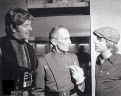 David Prowse, Peter Cushing and Mark Hamill behind the scenes
