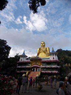danbulla sri lanka golden buddha