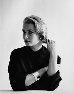 Mark Shaw - Portrait of Grace Kelly #1 | 1stdibs.com