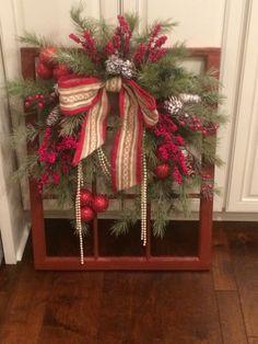 My latest vintage Christmas window - DecorPins Christmas Wreaths For Windows, Christmas Window Decorations, Homemade Christmas Decorations, Christmas Frames, Christmas Porch, Farmhouse Christmas Decor, Rustic Christmas, Christmas Projects, Vintage Christmas