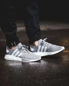 Find authentic adidas nmd mens trainers in our online store, all size and colors available in stock, shop your favourite one by biggest sale now! Addidas Sneakers, Sneakers Mode, Casual Sneakers, Sneakers Fashion, Fashion Shoes, Sneakers Design, Sneaker Outfits, Adidas Nmd R1, Adidas Outfit
