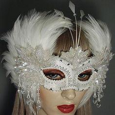 GweneviereMasquerade Mask Thumb