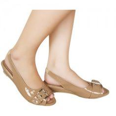 Sepatu Flats Kamalie Krem SKU KHEIZA KZ 98120 Size 36-40 Price IDR212000 heels 0 cm flats with slingback  Hubungi Customer Service kami untuk pemesanan di bawah ini : Phone / Whatsapp : 089624618831 Line: Slightshoes Email : order@slightshop.com