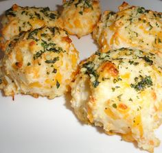 Oxford Impressions: Garlic Cheddar Biscuits
