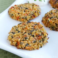 This flavorful vegetable quinoa cakes recipe is a great vegetarian appetizer or side dish for any meal.