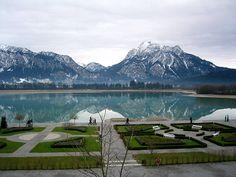 "'Musical Theater Neuschwanstein' Vista dos Terraços do ""Castelo de Neuschwanstein""."