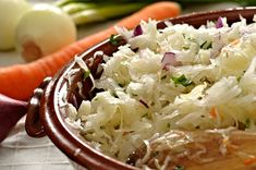 This slaw is meant to accompany the Sopes with Chorizo Refried Beans recipe. It is hot and spicy and quite refreshing. Vegetable Recipes, Vegetarian Recipes, Cooking Recipes, Healthy Recipes, Vegetable Salads, Valeur Nutritive, Easy Eat, Slaw Recipes