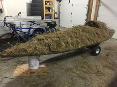 Building a KARA Hummer Layout Duck Boat Brushing the Boat Duck Hunting Blinds, Duck Hunting Gear, Dove Hunting, Waterfowl Hunting, Hunting Stuff, Hunting Tips, Best Pontoon Boats, Duck Boat Blind, Boat Blinds