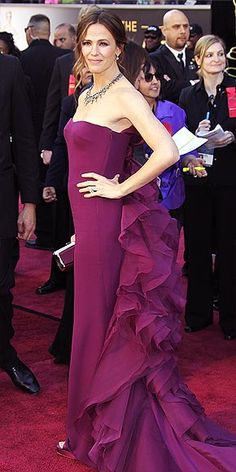 photo | Jennifer Garner  Love this view of the dress..