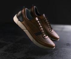Sneaker Dress Shoes, Shoes Sneakers, Shoe Brands, Clarks, Me Too Shoes, Casual Shoes, Rolex, Tennis, Baskets
