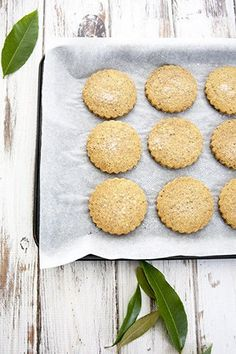 Lemon Myrtle and Wattleseed shortbread is the most delicious combination. These native Australian herbs are perfect for a buttery shortbread recipe Aussie Food, Australian Food, Australian Recipes, Biscuit Cookies, Biscuit Recipe, Shortbread Recipes, Shortbread Biscuits, Basic Cookies, Native Foods