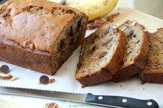 Banana Bread with Pecans and Chocolate Chips is now! It's moist, delicious and the perfect fix for my Monday morning blues. Monday Morning Blues, Cinnamon Powder, Tea Cakes, Pecans, Chocolate Chips, Baking Soda, Banana Bread, Biscuits, Breakfast