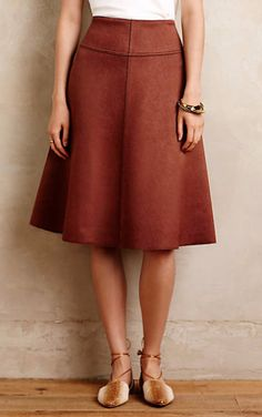 Anthropologie EU Jaya Neoprene Midi Skirt by HD in Paris. Named after poet, novelist and veritable free spirit Hilda Doolittle, HD in Paris embraces the experimental side of chic, using high-quality fabrics and silhouettes that are at home in any era. Skirt Outfits, Cute Outfits, Work Fashion, Fashion Outfits, Rajputi Dress, Fashion And Beauty Tips, Cute Skirts, Mode Inspiration, Printed Skirts