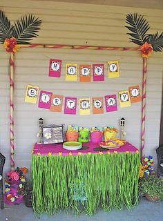 Hawaiian Luau Birthday Party Ideas | Photo 2 of 9 | Catch My Party