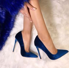 Lola Shoetique | blue-velvet pointed-toe very-high-heeled pumps
