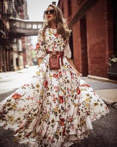 Boho Ärmel Blumen Maxi Kleider Best Picture For Womens Summer Outfit with jeans For Your Taste You are looking for something, and it is going to tell you exactly what you are looking Backless Maxi Dresses, Maxi Robes, Maxi Dress With Sleeves, Half Sleeves, Dress Up, Swing Dress, Dress Long, Maxi Skirts, Dress Skirt