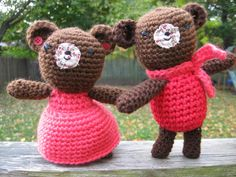 Valentine Couple Bears - Its Valentines, so I get a pass on this one, right?