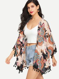 SheIn offers Floral Print Tasselled Hem Kimono & more to fit your fashionable needs. Kimono Outfit, Kimono Cardigan, Kimono Fashion, Hijab Fashion, Fashion Outfits, Fashion Women, Curvy Outfits, Cool Outfits, Summer Outfits