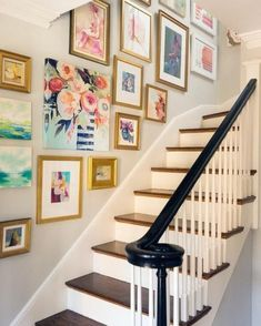 The best affordable art for your gallery wall ? The best affordable art for your gallery wall ?A quick, easy and fun way to update your home is by mixing up your wall art ), but it can Wall Collage, Frames On Wall, Framed Wall Art, Staircase Wall Decor, Staircase Design, Stairway Gallery Wall, Wall Colors, Paint Colors, Home Art