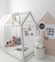 'Follow your heart' ❤️ - but of course! V sweet room from @nr13b #littlepforlittlepeople #kidsinteriors #kidsrug #childrensrug  #kidsinteriordesign #kidsroom #kidsroomdecor #childrensroom  #nurserydecor #nurseryroom #kidsbedroom  #barnrumsinspo #barnerom #ライブ #homedecor  #playroom #kidzroom #decor #decorinfantil #girlsroom @housebed