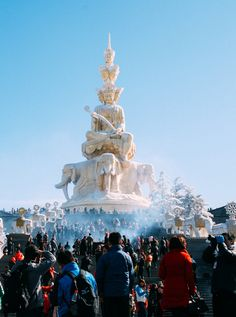 Mount Emei or Emei Shan (峨嵋山) in China's Sichuan province. One of the Four Sacred Buddhist Mountains of China.