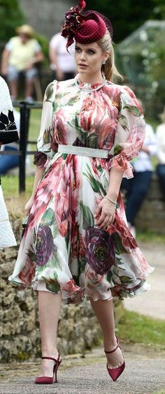Lady Kitty Spencer stunning on a beautiful floral print dress from DOLCE & GABBANA #ad #womenfashion #floraldresses #summerstyle
