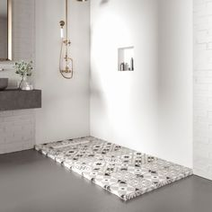 Nostalgy, protagonista del baño más retro : Bosnor Estilo Retro, Solid Surface, Bath Mat, Rugs, Lettering, Home Decor, Shower Trays, Tiles, Vintage Style