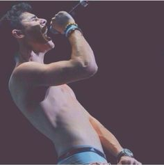 Sing your heart out Gilinsky