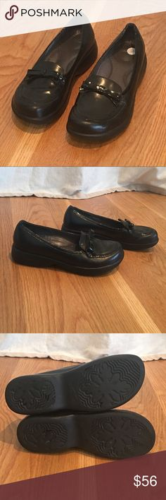 Unique DANSKO Shoes Practical and Cute!!! These adorable Dansko shoes are in excellent/practically new condition! Only some minor scuff marks on the rubber sides of soles. Please see photos! Dansko Shoes