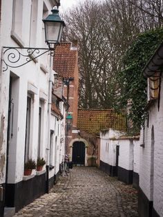 Peaceful béguinage in Lier, Belgium.
