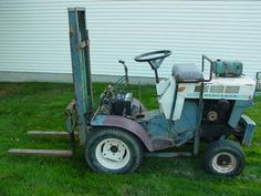 Sears Suburban 12 w/Fork Lift ... - Yesterday's Tractors (60732)