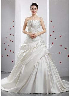 Ruched-Bodice-Ball-Gown-Fall-Wedding-Guest-Dresses