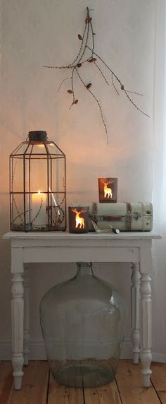 This is a huge Demijohn! Winter Christmas, All Things Christmas, Christmas Time, Lanterns Decor, Candle Lanterns, Table Diy, Lantern Candle Holders, Home Candles, Light My Fire