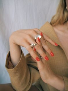 Studio Mari, editorial by Taylr Anne Red Nails, Hair And Nails, Nice Nails, Orange Nails, We Heart It, Minimalist Dresses, Beauty Book, The Chic, Nail Manicure