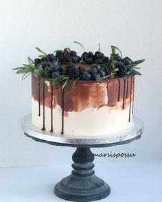 nimiäiskakku Cake Art, Art Cakes, Piece Of Cakes, Tiramisu, Pudding, Sweet, Ethnic Recipes, Desserts, Instagram