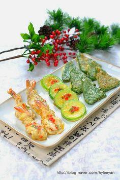Korean Food, Avocado Toast, Restaurant, Breakfast, Ethnic Recipes, Food Food, Morning Coffee, Korean Cuisine, Diner Restaurant