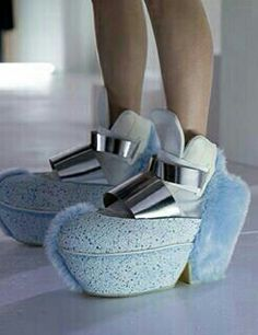 Super plush blue shoes with metal buckles Creative Shoes, Unique Shoes, Crazy Shoes, Me Too Shoes, Weird Shoes, Weird Fashion, Fashion Shoes, Shoe Boots, Shoes Heels
