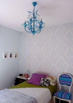Preciosa habitación decorada con detalles handmade