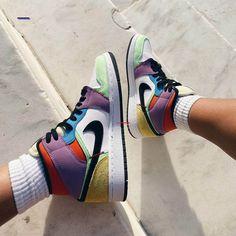 # Outfits tenis Air Jordan 1 Mid SE Lightbulb Multicolor On Feet Dr Shoes, Nike Air Shoes, Hype Shoes, Me Too Shoes, Air Jordan Sneakers, Nike Air Jordan 5, Moda Sneakers, Sneakers Mode, Sneakers Fashion