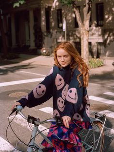 """For Teen Vogue's Up Next series, Sadie Sink talks """"Stranger Things and why Max and Eleven's friendship was so important. The Americans, Blue Bloods, Teen Vogue, Annie On Broadway, Sadie Sink, Stranger Things Netflix, Stranger Things Max, Millie Bobby Brown, Celebs"""