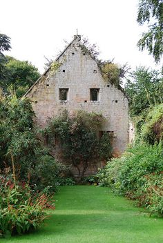 Sudeley Castle, Winchcombe. This is the ruins of the 15th century Tithe Barn where the parish tithes were stored. It was destroyed in the 1640's