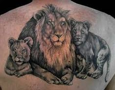 Lions are the only cats that live in groups. A Lion Pride is all females all the time. Below, we are going to mention lion pride tattoo ideas and designs. Cubs Tattoo, Tattoo Son, Back Tattoo, Family Tattoo Designs, Family Tattoos, Stolz Tattoo, Lioness And Cubs, Lion Tattoo Sleeves, Dot Tattoos