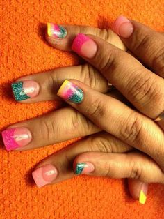 SCULPTURED NAILS created with color glitter acrylic powder dust