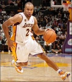 Derek Fisher will always be a Laker. Dodgers, Lakers Game, Love And Basketball, Basketball Teams, Basketball Court, Los Angeles Lakers Players, Derek Fisher, Nba Championships, I Love La