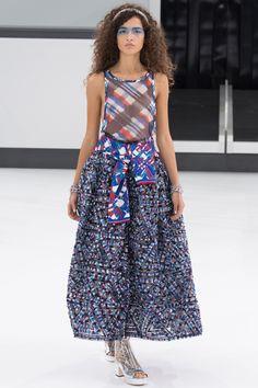 Chanel Spring 2016 Ready-to-Wear Fashion Show - Chiara Scelsi