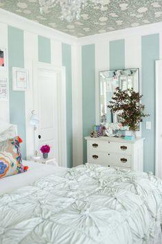 ACHADOS DE DECORAÇÃO - blog de decoração: UM SONHO DE MENINA: decoração do quarto turquesa e branco