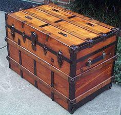Wooden Trunks, Old Trunks, Vintage Trunks, Trunks And Chests, Antique Trunks, Primitive Furniture, Diy Furniture, Vintage Furniture, Wooden Box Plans
