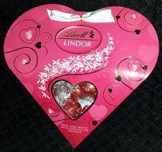 LINDT LINDOR MILK & WHITE CHOCOLATE TRUFFLES 3.4 OUNCE PINK VALENTINE HEART BOX
