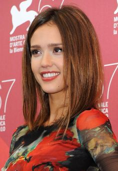 Long Bob Hairstyles 2013: Jessica Alba Medium Straight Brunette Bob Hairstyle